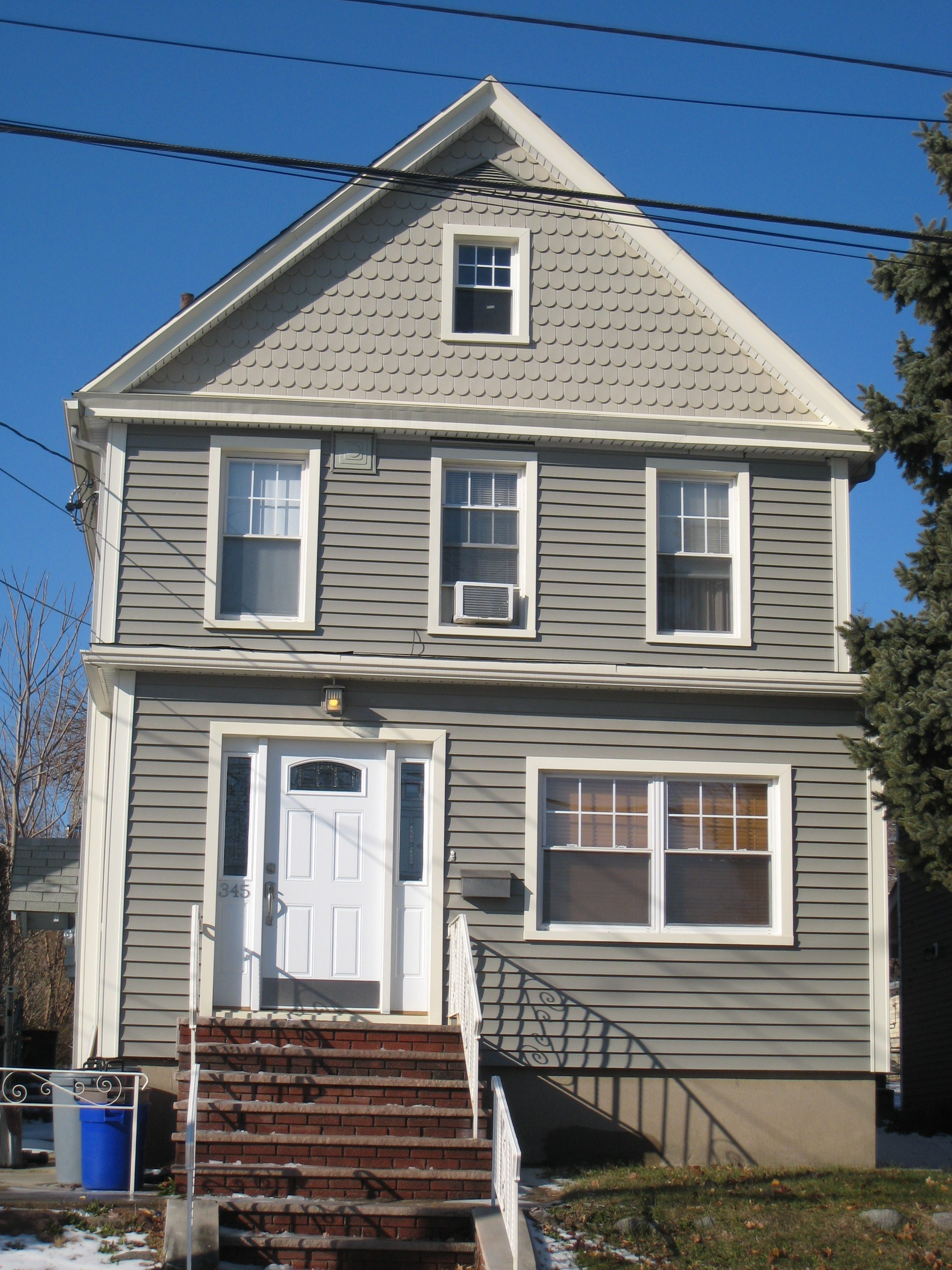 Different house siding types in bergen county nj for Types of house siding