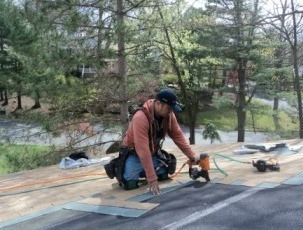me-installing-roofing-375-350x262