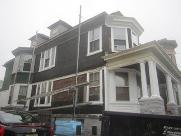 Vinyl Siding Colonial Style House in NJ